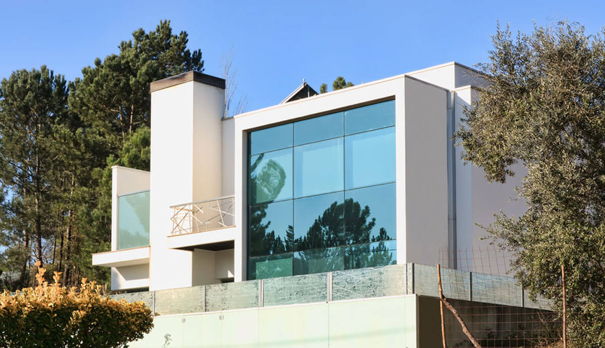 Glassed Smart House